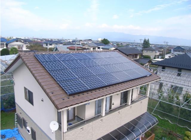 太陽光発電と蓄電システムの連携